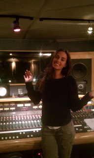 Model & Songwriter Sophie Auster mixing & mastering her EP